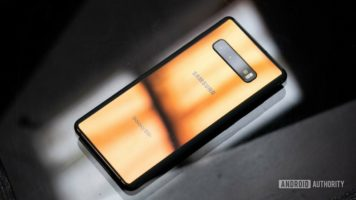 Samsung Galaxy S10 Plus Smartphone