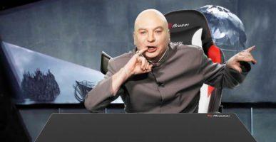 Verona Pro V2 Gaming Chair and Arena Leggero desk